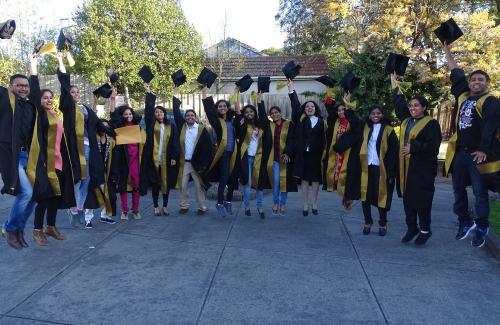 image-graduation-iron-5-8