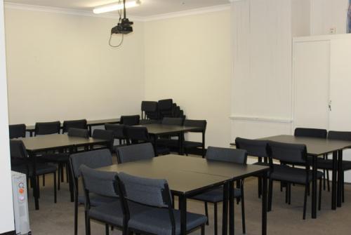 perth-classroom1