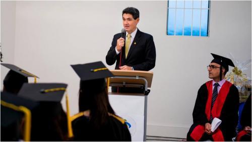 sydney-graduation10